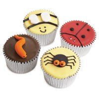 Fiona Cairns Creepy Crawly Party Cakes