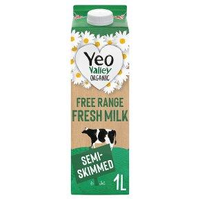 Yeo Valley organic fresh semi-skimmed milk