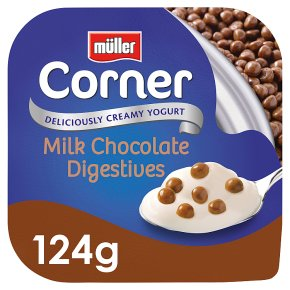 Müller Crunch Corner with chocolate digestives