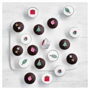 18 Fiona Cairns Mini Festive Cupcakes