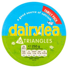 Dairylea 16 cheese triangle portions