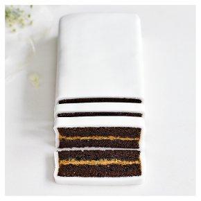 Wedding Cutting Bar - Chocolate Salted Caramel cake